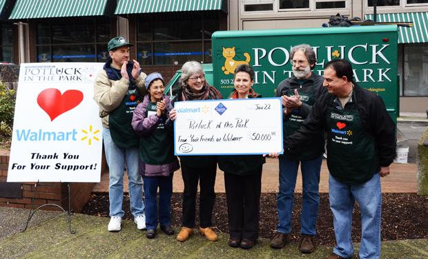 Walmart Donates to Potluck In The Park